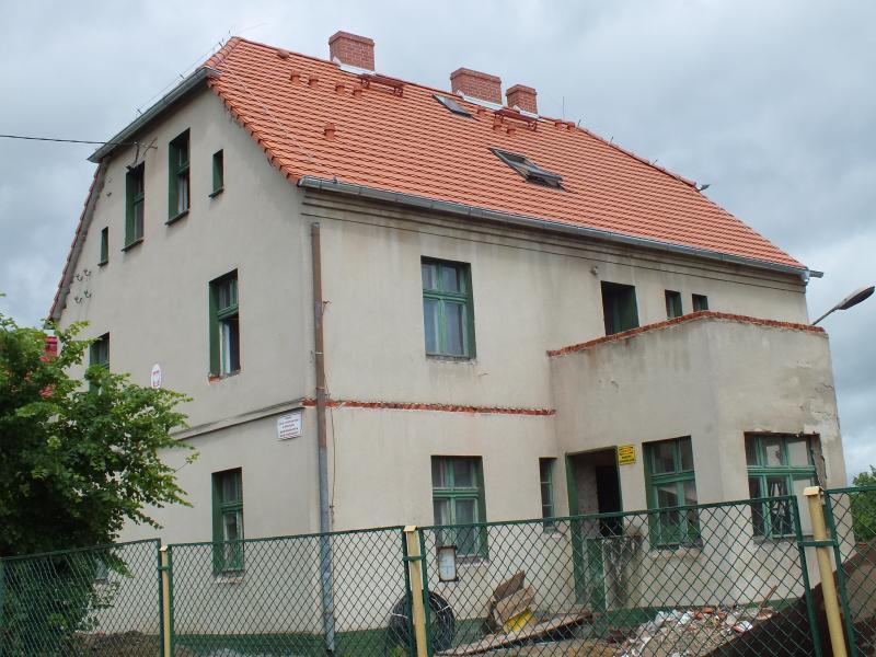 Remont dawnej szkoły wMrozowie