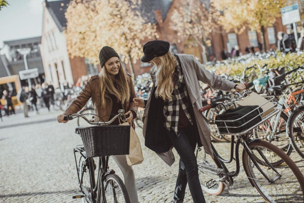 Dwie trzecie rowerzystów to kierowcy samochodów