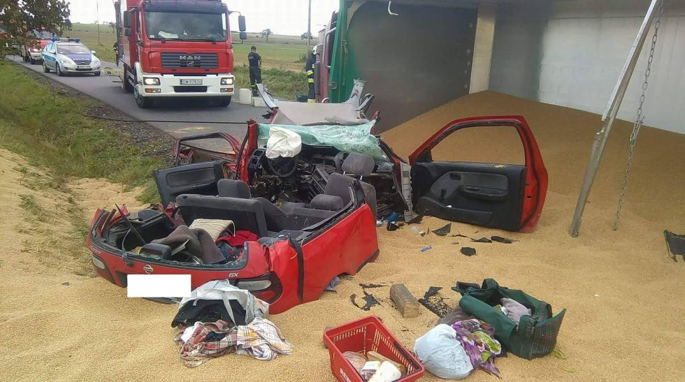 Tragedia na drodze – dwie osoby nie żyją