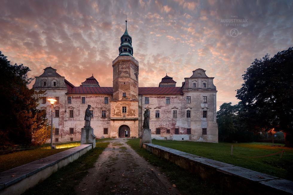 Zobacz niezwykły zamek