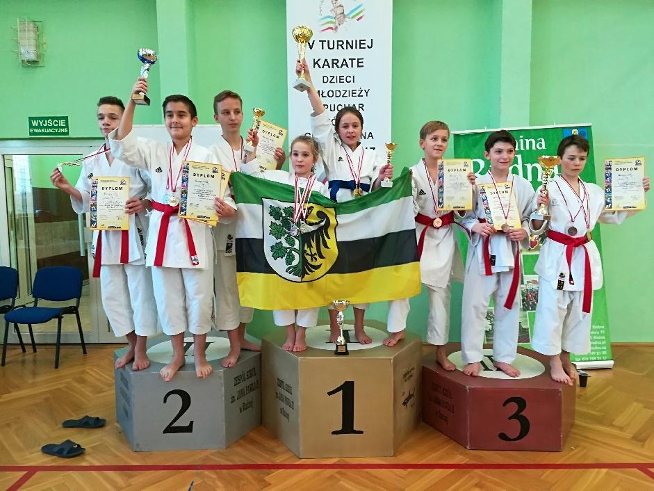 11 medali naszych karateków wRudnej