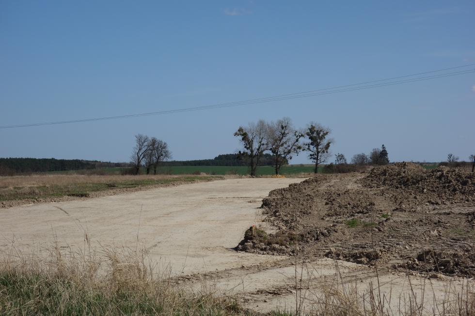 Budowa drogi Kadłub – Źródła rozpoczęta