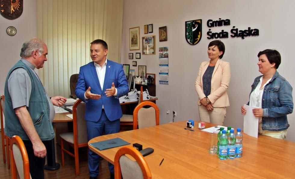 Gmina wsparła Jubileusz 25-lecia parafii Krzyża Świętego