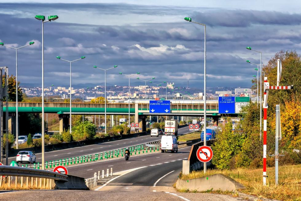 Transport międzynarodowy Francja - co trzeba wiedzieć?