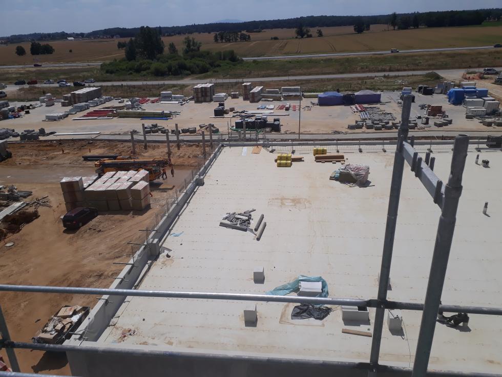 Wizyta na budowie centrum XEOS wKomornikach
