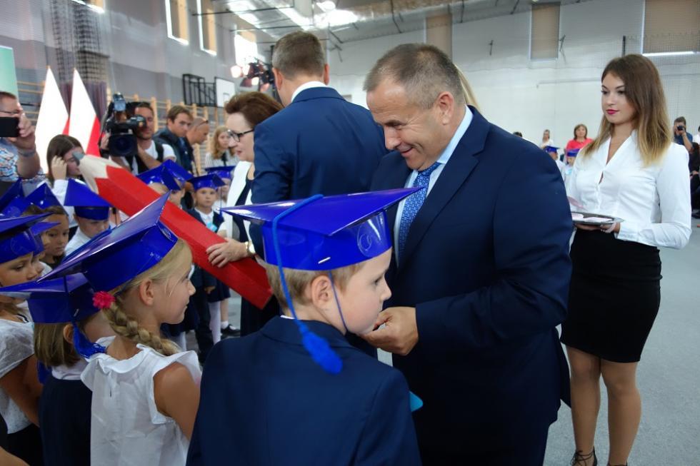 Uroczysta inauguracja roku szkolnego wgminie Miękinia