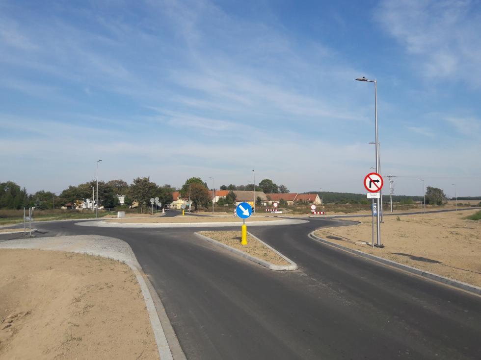 Nowa droga Kadłub-Źródła prawie gotowa