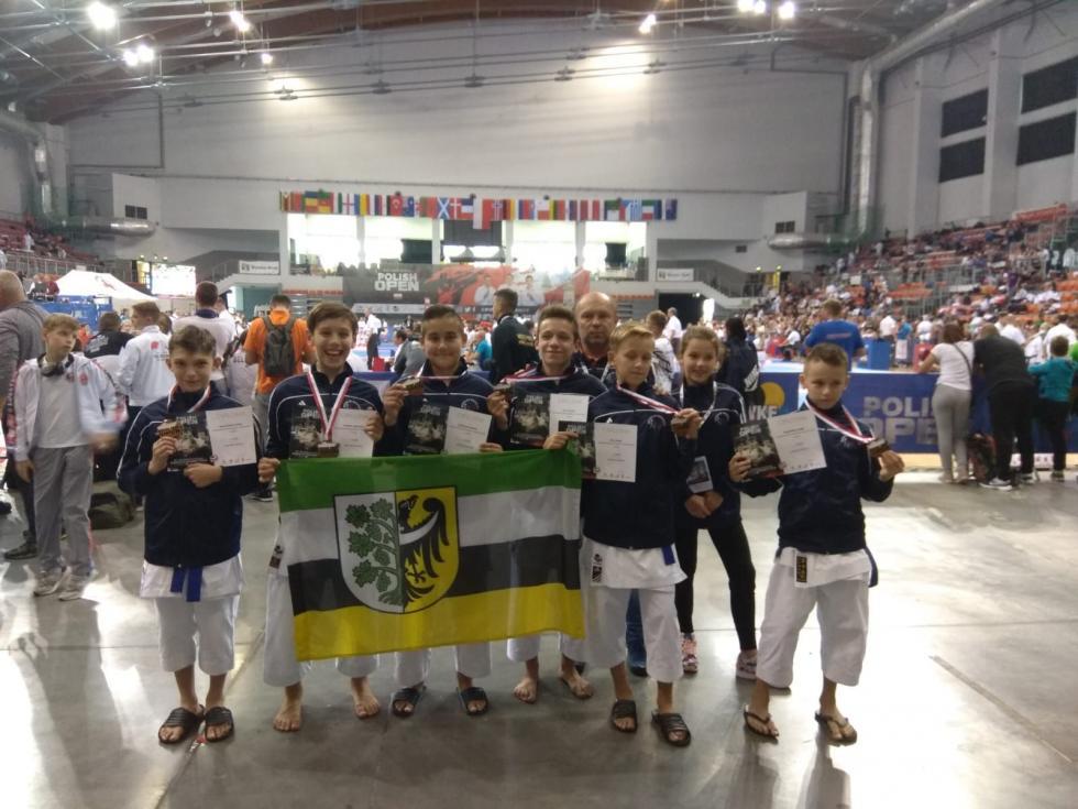 3  medale karateków wBielsku Białej