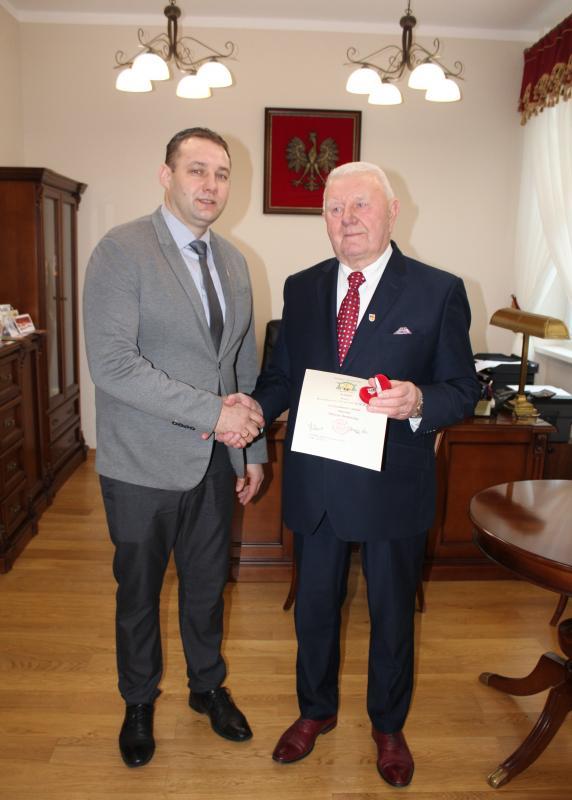 Pan Bolesław Stachurski odznaczony Pierścieniem Św. Stanisława