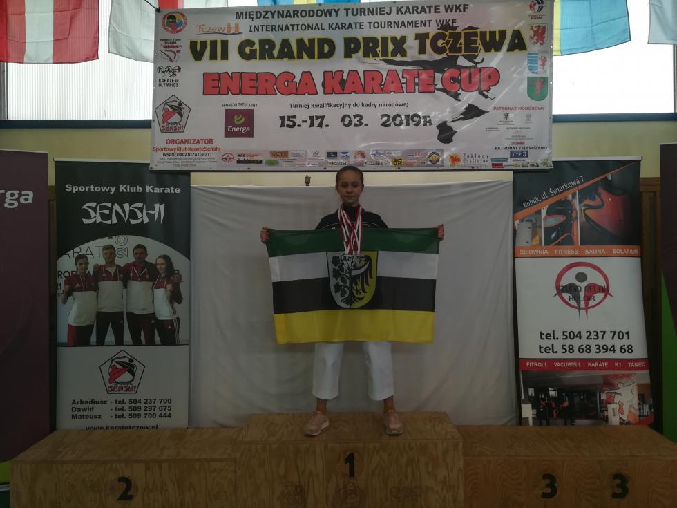 9  medali karateków wTczewie