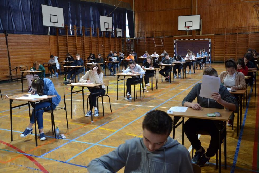 Komunikat wsprawie egzaminów