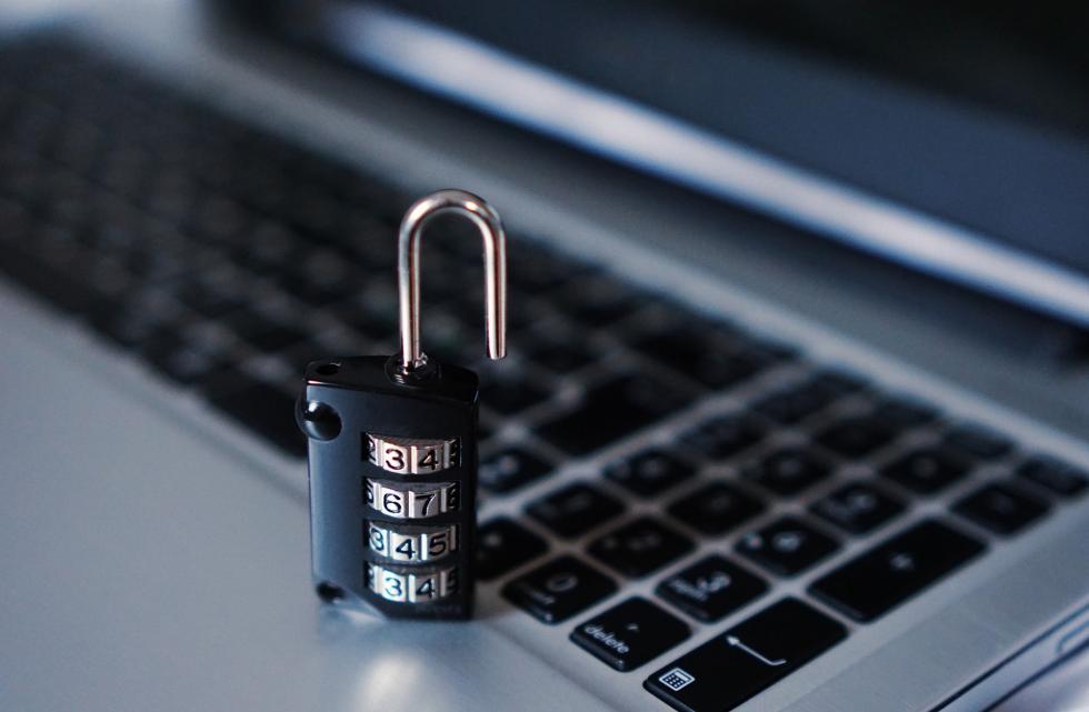 Sposób na hakera – jak się zabezpieczyć?