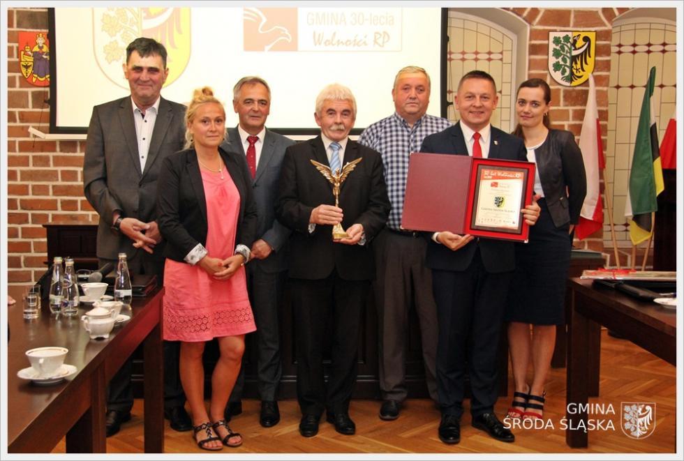 Podziękowania dla burmistrzów za wkład wOrła Polskiego Samorządu