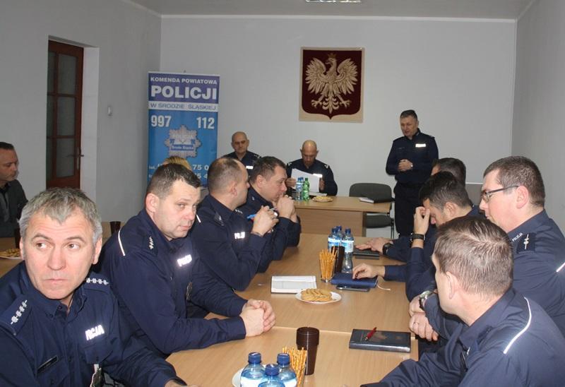 Odprawa roczna wKomendzie Powiatowej Policji wŚrodzie Śląskiej