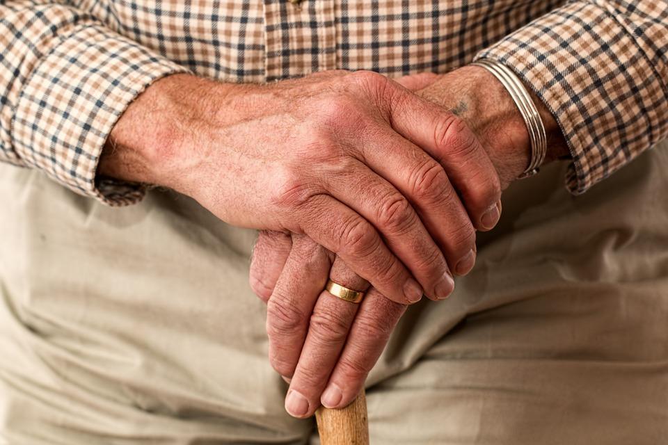 Opieka nad osobami starszymi wNiemczech – praca sezonowa czy na stałe?