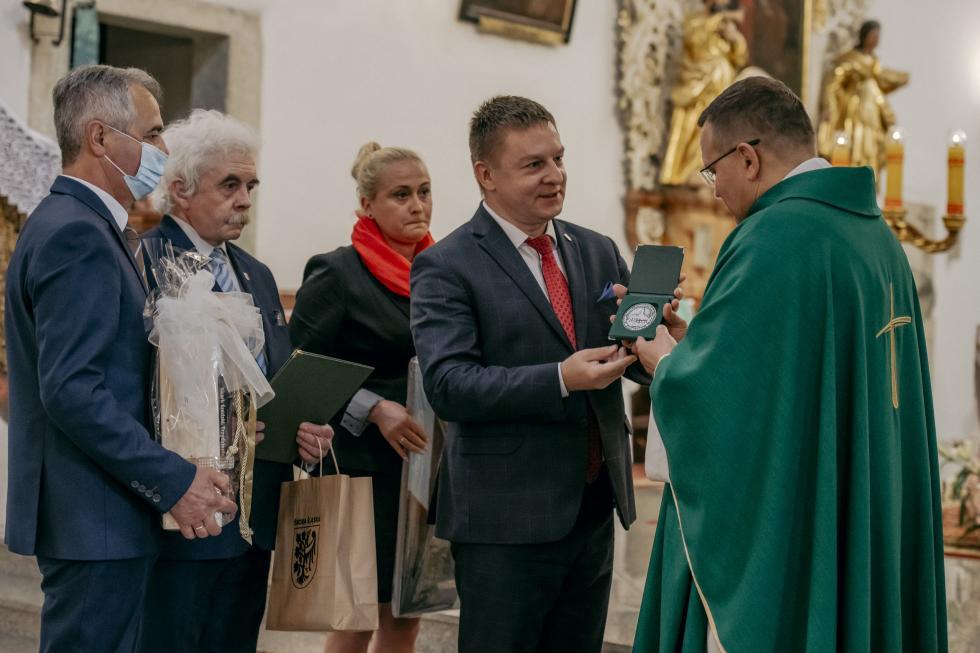 Pożegnanie Ks. Proboszcza - Zasłużonego dla Gminy Środa Śląska