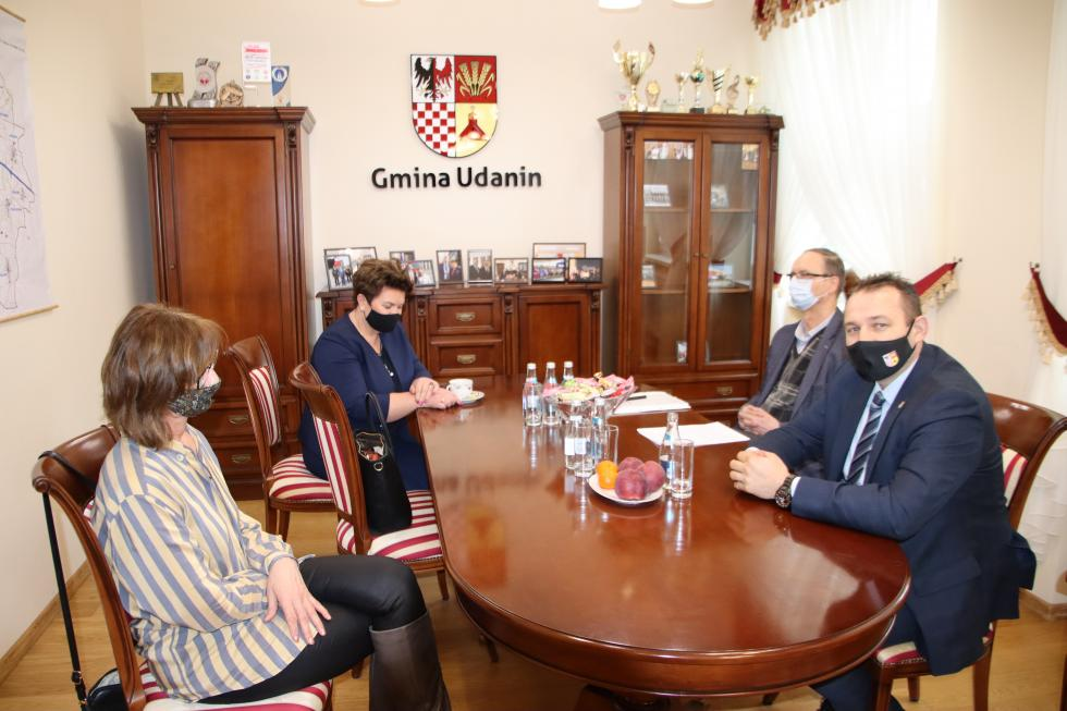 Spotkanie wójta gminy Udanin zdyrektorami szkół podstawowych