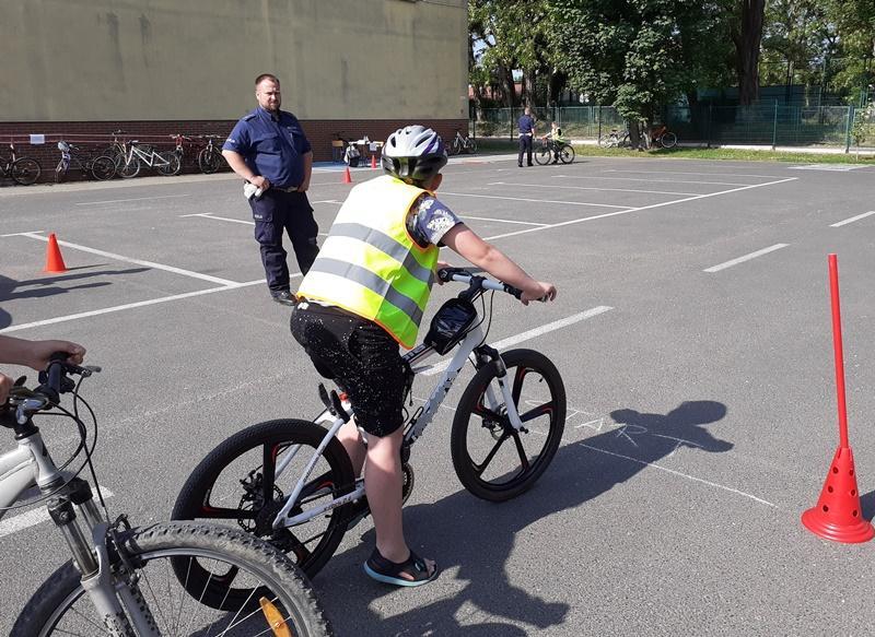 Policjanci ze średzkiej drogówki przeprowadzili egzamin