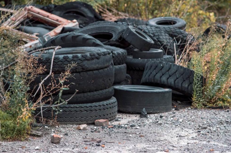 5,5 tony opon wyrzuconych przez mieszkańców wciągu tygodnia?